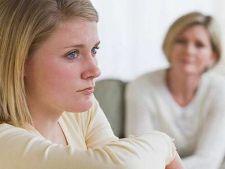 Ce sa faci daca adolescentul tau te minte