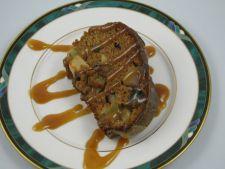 prajitura de mere cu sos de scortisoara