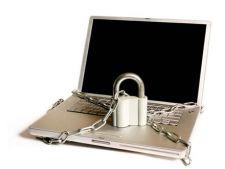 Cum sa iti protejezi laptopul atunci cand calatoresti