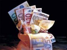 bani fonduri