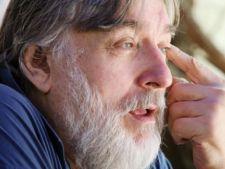 Adrian Paunescu, laudat de romani, nu de criticii literari