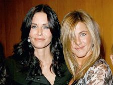 Courteney Cox si Jennifer Anniston