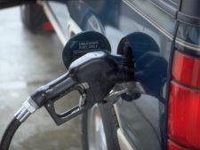 Pretul benzinei continua sa creasca. Depaseste 6 lei pe litru?