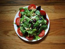 salata verde rosii masline