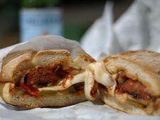 sandwich cu carnati