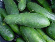 Protectie impotriva bacteriei ucigase: spalarea legumelor sub jet puternic de apa