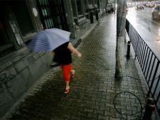 Romania, in cod galben de ploi, vijelii si descarcari electrice