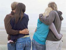 Cum iti influenteaza alte cupluri relatia