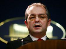 Boc cere ministrilor explicatii pentru neatragerea fondurilor UE