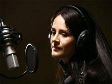 La un an de la moartea cantaretei, Carmen Harra cere o lege