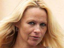 Cum arata Pamela Anderson nemachiata