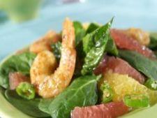 Salata de spanac cu grapefruit si creveti