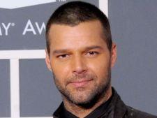 Ricky Martin nu intelege de ce femeile flirtreaza cu el