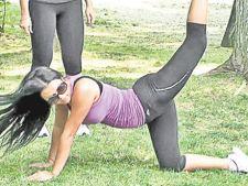 Daniela Crudu se antreneaza in parc
