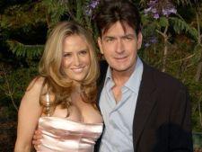 Charlie Sheen si fosta sotie, Brooke Mueller, locuiesc impreuna