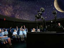 Unde poti merge cu copiii la planetariu