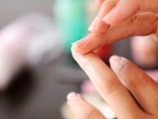 Cum sa protejezi si sa intaresti unghiile moi