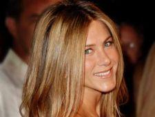 Jennifer Aniston ar putea fi insarcinata cu gemeni