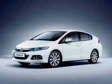 Honda lanseza o versiunea optimizata a modelului Insight