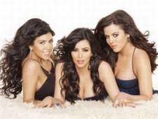 Trage cu ochiul in dressingul surorilor Kardashian!