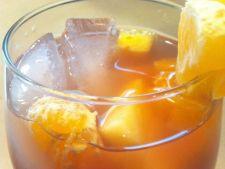 Ceai rece de fructe si condimente