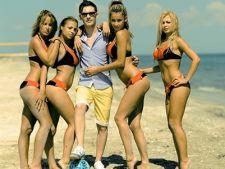 David Deejay a lansat un videoclip sexy pentru