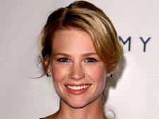 January Jones a nascut un baietel