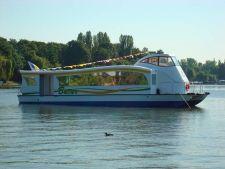 Bucurestenii vor putea sa se plimbe cu nava Bucur pe lacul Herastrau