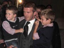 David Beckham mai vrea un copil