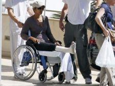 Halle Berry si-a luxat piciorul