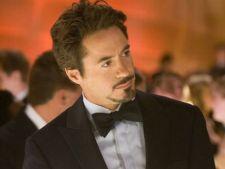 Robert Downey Jr. a lovit-o pe Scarlet Johansson la filmarile