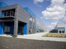 Disponibilizatii de la fabrica Nokia din Jucu nu primesc salarii compensatorii