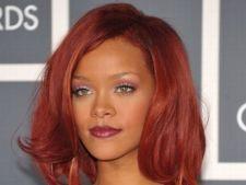 Rihanna lanseaza albumul