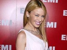 Kylie Minogue si-a luat doctoratul
