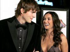 Demi Moore divorteaza de Ashton Kutcher