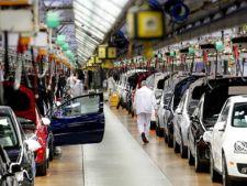 Wolkswagen recheama in service 168.000 de masini Golf, Jetta si Audi A3