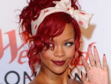 Rihanna il lauda pe Chris Brown