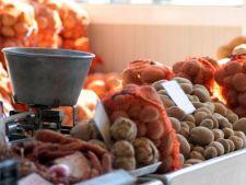 Cartofii s-au ieftinit, ouale s-au scumpit - Vezi evolutia preturilor