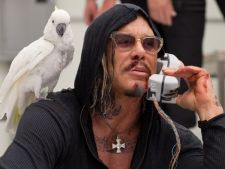 Mickey Rourke, terorist in thriller-ul Java Heat