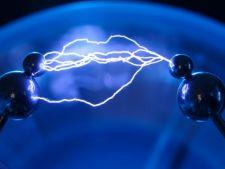 Energia electrica se va scumpi, din 2012
