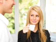 Afla daca este interesat de tine: Decodeaza-i limbajul trupului