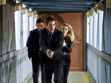 Reese Witherspoon joaca barbatii pe degete in 'This Means War' (trailer)