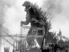Top 4 filme cu monstri uriasi