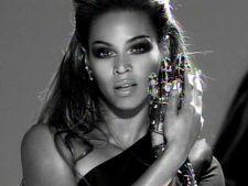 Top 10 videoclipuri alb-negru