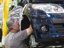 Angajatii de la Renault vor fi trimisi in somaj tehnic