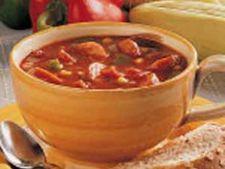 Supa de toamna cu legume, carnati si porumb