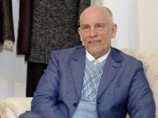 John Malkovich se lanseaza ca designer vestimentar