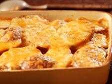 Cartofi gratinati cu branza la cuptor