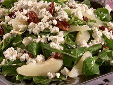 Salata de toamna cu pere, gongonzola si rucola