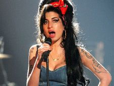 Albumul postum Amy Winehouse se lanseaza in decembrie